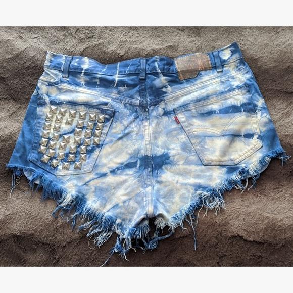 Levi's Pants - Custom Levi's Cutoff Shorts - W36